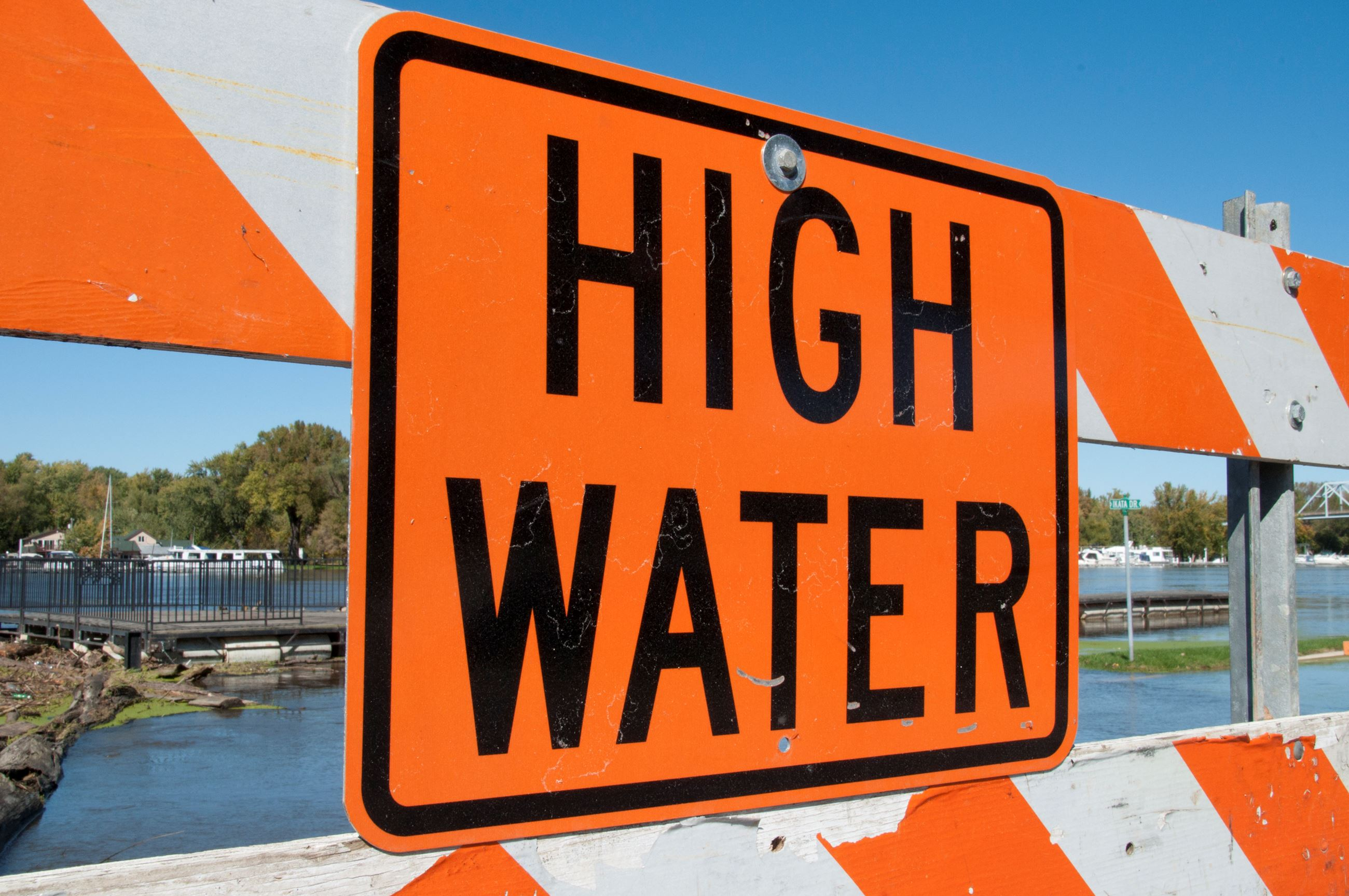 highwater.EMA_-_45472_-_High_water_sign